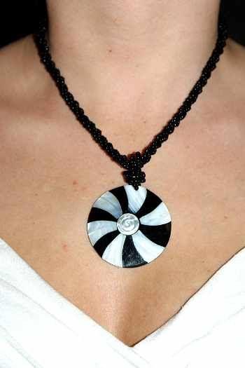 Náhrdelník perličkový s přívěškem IS0001 005