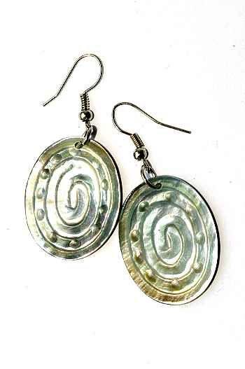 Náušnice perleťová s ocelovým ouškem IS0011 035