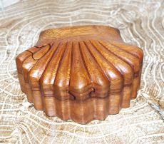 Magická krabička - malá šperkovnice LASTURA - ruční výroba Indonésie