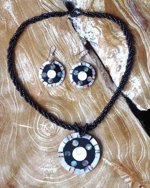 Sada perličkový náhrdelník a náušnice z perleti a resinu ID1609102 009