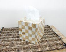 Schránka na ubrousky s povrchem pokrytým perleťovou mozaikou