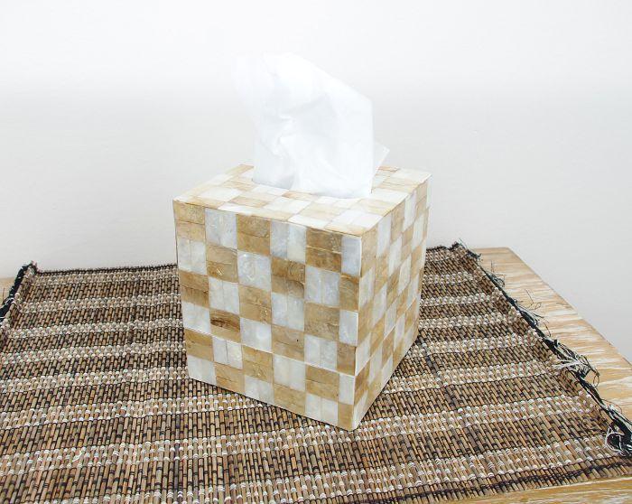 Schránka na ubrousky s povrchem pokrytým perleťovou mozaikou ID1606504 001