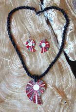 Sady - náhrdelníky s náušnicemi