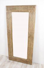 Zrcadlo s dřevěným vyřezávaným rámem 150 x 70 cm, ruční práce  ID1601404