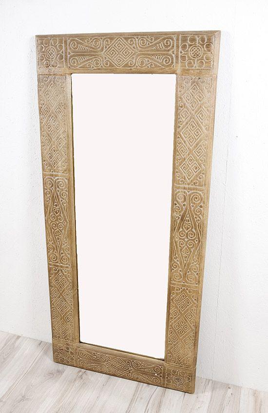 Zrcadlo s dřevěným vyřezávaným rámem 150 x 70 cm, ruční práce - ID1601404
