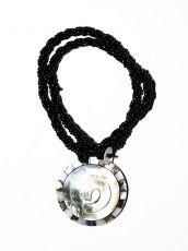 Náhrdelník perličkový - provázkový -  s přívěškem  IS0001-074