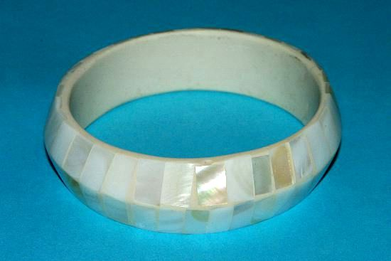 Náramek – kombinace perleť a resin IS0010 006