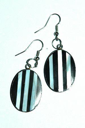 Ocelové náušnice vykládané perletí IS0018 004