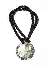 Náhrdelník perličkový - provázkový -  s přívěškem  IS0001-085