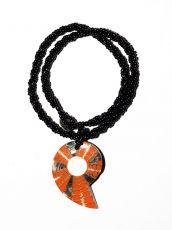 Náhrdelník perličkový - provázkový -  s přívěškem  IS0001-089