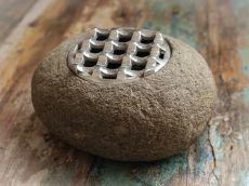 Stylový popelník z přírodního kamene  ID1601805-02
