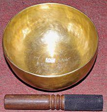 Tibetská mísa s paličkou tepaná