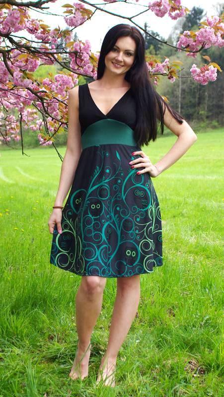 Letní šaty z pružného materiálu