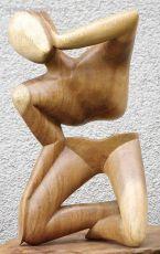 Socha abstrakt dřevo suar Indonésie
